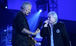 Air Supply mostra a força do romantismo em novo show