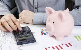 Sindha traz palestra gratuita sobre finanças pessoais