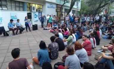 QUE EDUCAÇÃO ESPERAR DE TAIS PROFESSORES? | Por Percival Puggina