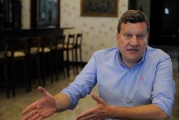 PSB expulsa prefeito de Chapecó que abriu apoio a Bolsonaro | Por Polibio Braga