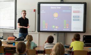 CI lança curso no exterior para professores de idiomas