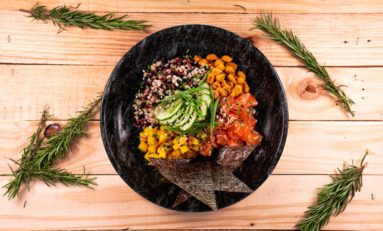 """Para comer bem: Naked Experience apresenta combos para almoço e descontos na """"healthy hour"""""""