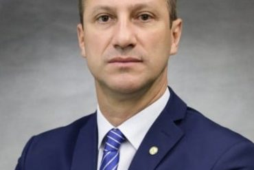 Vice-líder na Câmara, deputado Ubiratan Sanderson, é convidado para falar sobre os desafios do governo para a retomada da economia