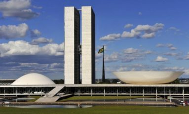 Benesses a políticos e imunidade parlamentar são deboches com a sociedade | Por Dilmar Isidoro