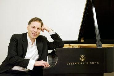 Pianista israelense Alon Goldstein prepara recital virtual para o público brasileiro