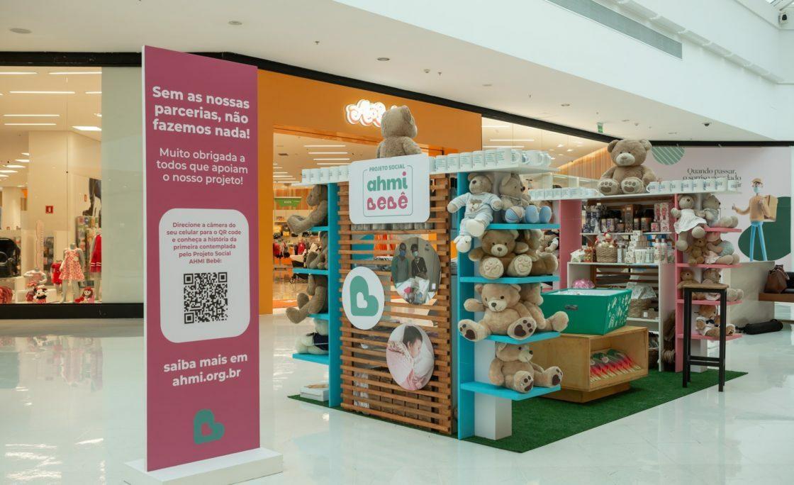 Projeto social AHMI Bebê realiza ação para a mobilização de recursos no Shopping Iguatemi