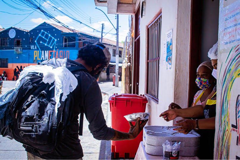 MISTURAÍ promoveu almoço solidário para moradores de rua da capital
