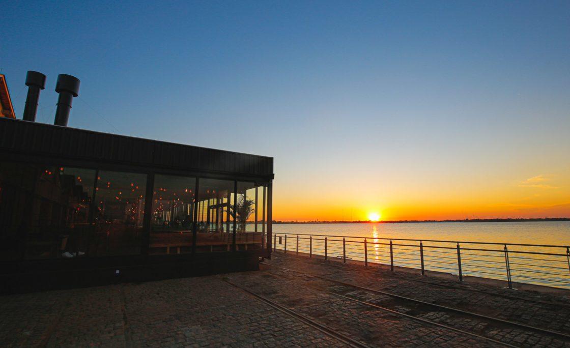Cais Embarcadero renova o coração de Porto Alegre com opções de entretenimento, cultura, gastronomia e descanso