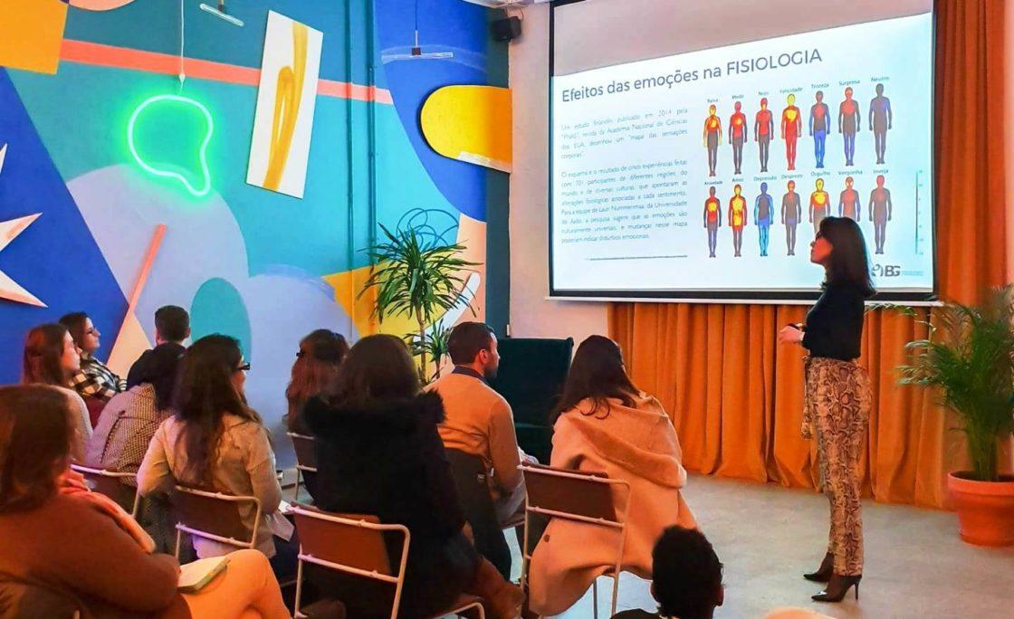 Formação direcionada a profissionais desenvolve Inteligência Emocional na prática