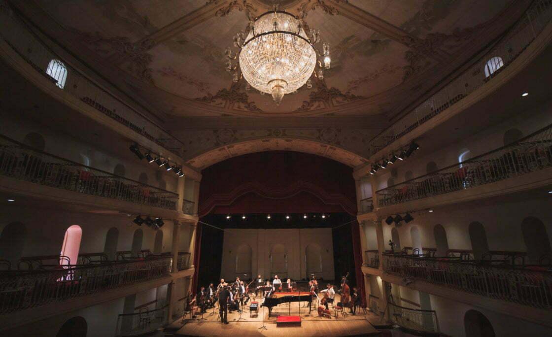 """Ópera """"O Engenheiro"""", de Tim Rescala"""